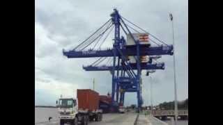 Proses Bongkar Muat Container TPK PALARAN_2