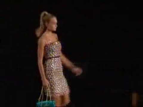 Lindsay Ellingson at Dolce and Gabbana S/S 2007
