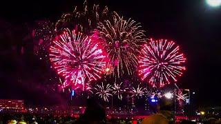 Новогодний САЛЮТ в РИГЕ 2020 - New Year fireworks Riga Latvia 2020 - 4K