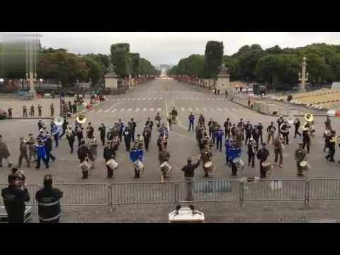 Army band plays Daft Punk-Get Lucky