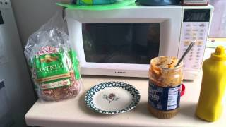 Peanut butter and mustard sandwich : How does it taste?