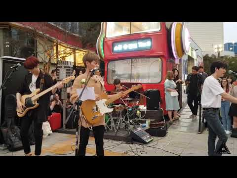 Free Download The Rose - Baby -180911 Busking In Sinchon Mp3 dan Mp4