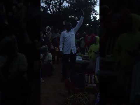 Nyangenya Bwomanga speaking to Women Traders at Baraine in Bomachoge Chache