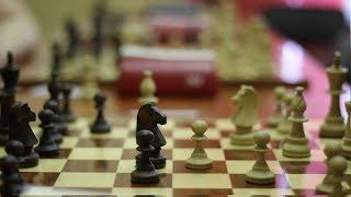 Шахматный урок\ Комбинации гроссмейстеров