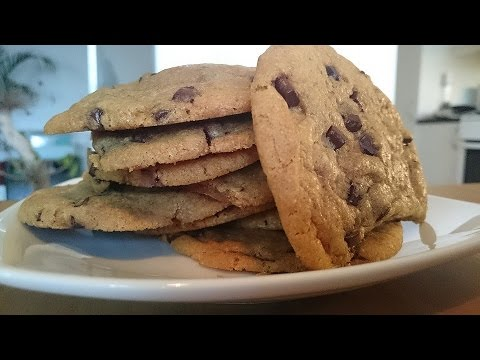 How To Make Caramel Filled Chocolate Chips Cookies