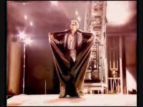 Johnny Hallyday : Intro + Que je t'aime!