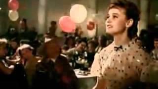 Карнавальная ночь   песня про пять минут стёб
