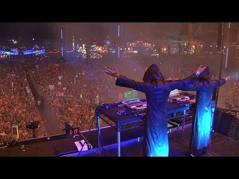Armin van Buuren presents Gaia live at EDC Las Vegas 2016 #Bass #EDM #Trance #TranceMusic #Groove #Video #Dance #HDVideo #GoodMood #GoodVibes #YouTube