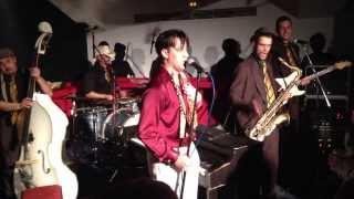 """Lewis Enma & The """"Bcn"""" Fireballs. La Cantina de la Plaza (Villena)"""