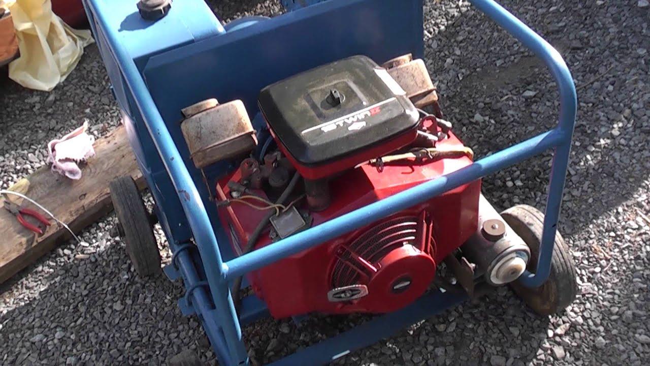 Winco dayton generator briggs twin 18 hp 8000 watt youtube swarovskicordoba Gallery