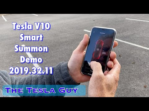 Smart Summon Demo Tesla V10 (2019.32.11)