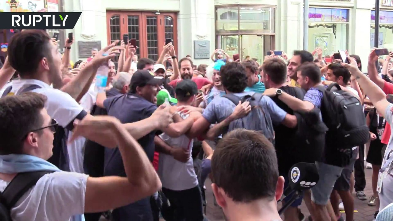 'Katuysha' truly unofficial World Cup anthem! Argentines & Peruvians sing  old Russian song