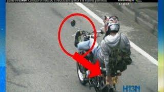 En Bello, motociclistas hacen todo tipo de piruetas para evitar ser detectados por las cámaras thumbnail