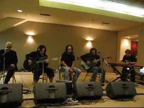 KoRn Acoustic Kiss