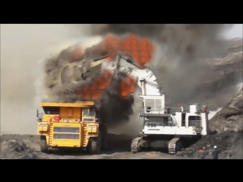 The Death Of A Huge Mining Trucks