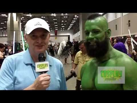 The Hulk cosplay at Kansas City Comic-Con 2016 - Cosplay Radio interview