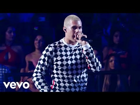CNCO - Se Vuelve Loca / Sólo Yo (Premios Juventud 2018)