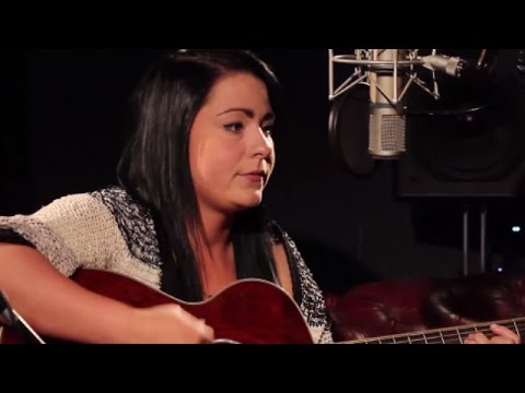 Lucy Spraggan - You're Too Young | Ont' Sofa Sessions from YouTube · Duration:  4 minutes 21 seconds