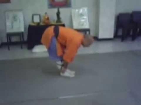 Shaolin Kuan - Kung Fu. Elongación