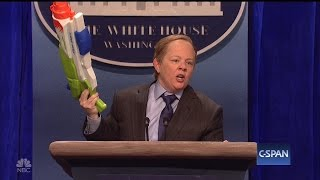 sean spicer says melissa mccarthy could dial back her snl impression
