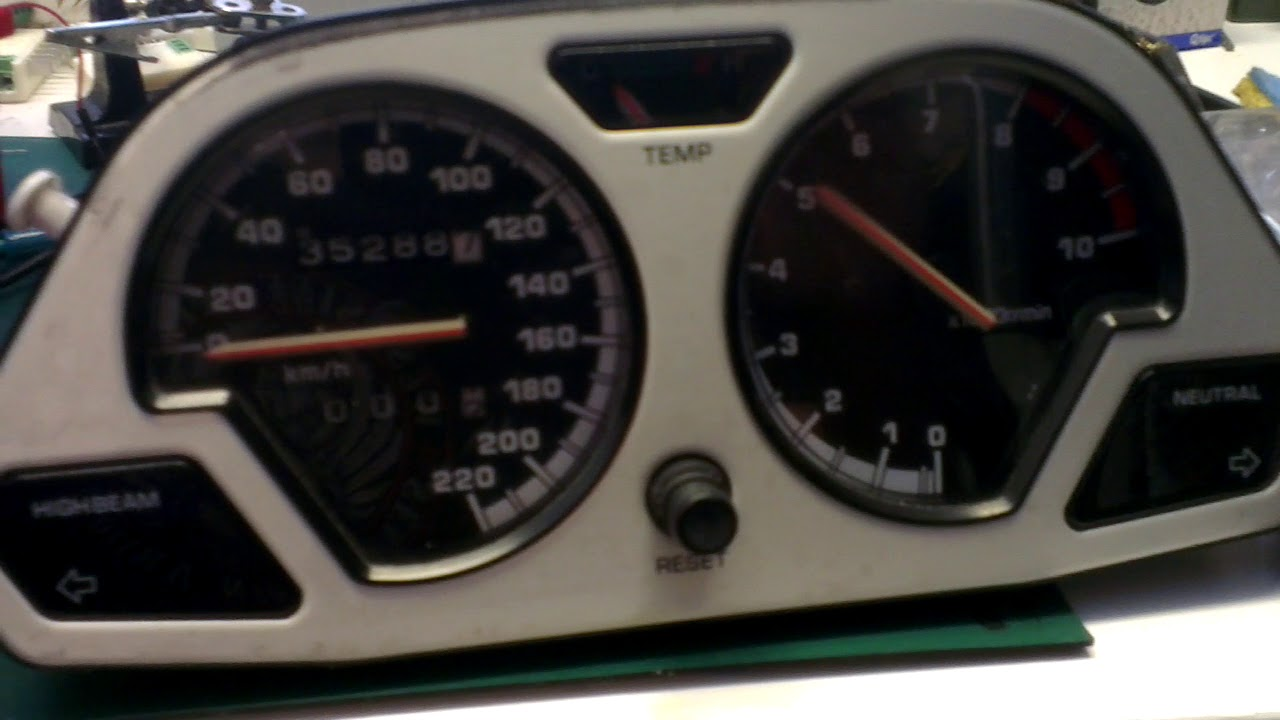 Connecting an oldschool rpm gauge to a CAN bus system