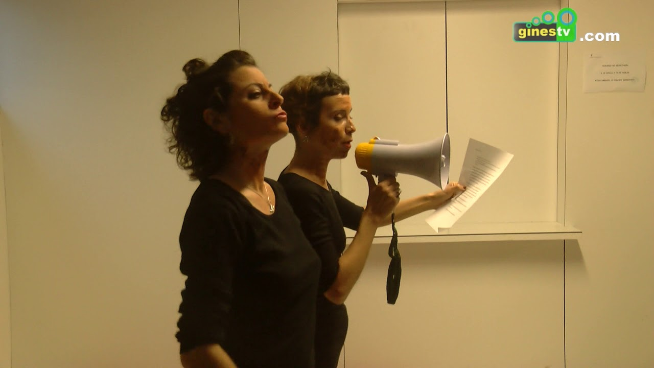 """La obra """"Gloria pa mí"""" abordó la violencia de género desde el microteatro"""