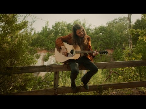 Brent Cobb Sings 'Providence Canyon' at the Georgia Park That Inspired It