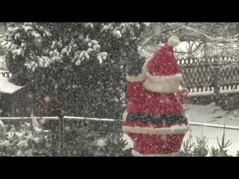 Santa Claus Is Coming To Town by Musical Spa - FREE Christmas Music
