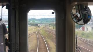 ETR直江津駅から妙高高原行きが発車(車内より)