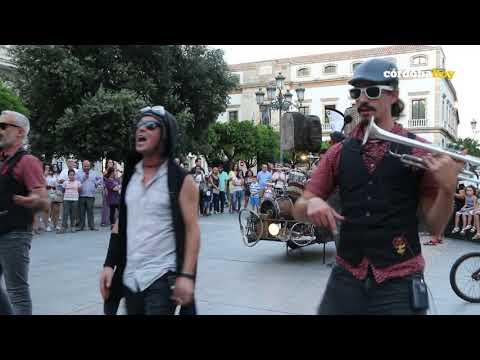 'La Dinamo Funky bike band', singular concierto sobre ruedas