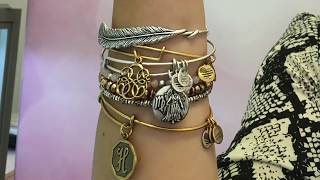 How to Stack Alex and Ani Bracelet Bangles   Styling Sessions at Fabulous Fashion Week