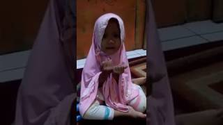 Chacha belajar doa lucu