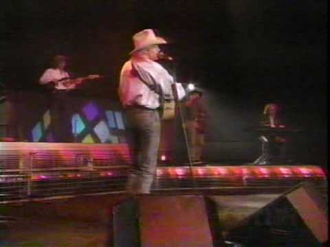 Alan Jackson - Dallas (LIVE)