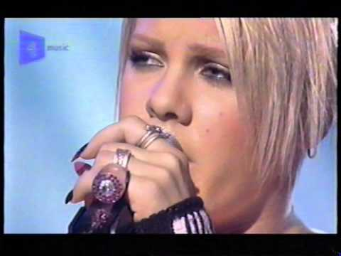 Pink (P!nk) live @ La Scala, London 03/04/2002
