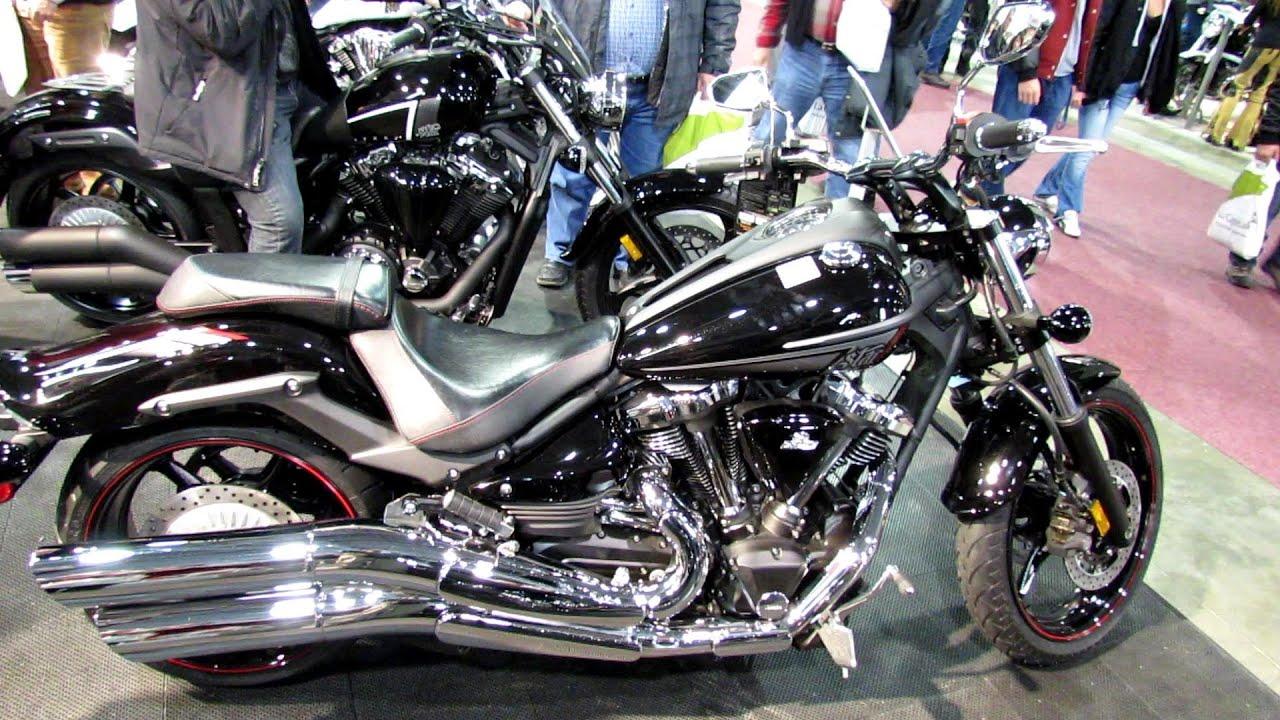 Customized Yamaha Raider Pictures