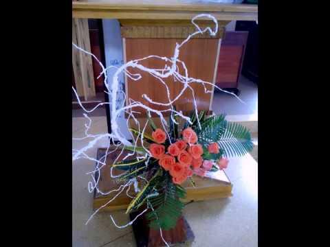 Nhóm Nghệ thuật cắm hoa nhà thờ mừng T.Teresa