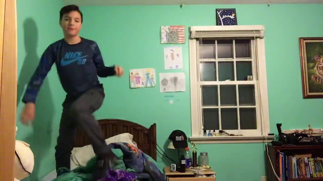 kid breaks bed and fucking dies
