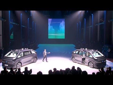 Navya Automom Cab - World Premiere of Autonomous Robo Taxi