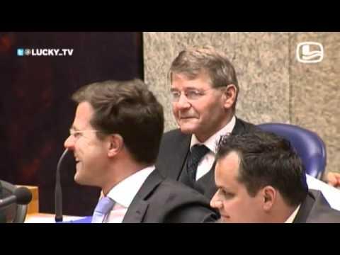 Job Cohen is onzeker over zijn baan en wordt uitgelachen (LuckyTV)