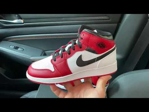 Air Jordan 1 Mid Chicago White Heel Shoes Youtube