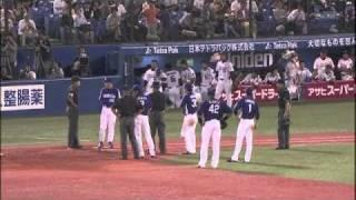 2010年9月18日(土)ヤクルトvs中日で起こった1塁審判の誤審です。せっか...