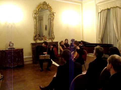 Ilian Garnet, Claudia Bara and Justus Grimm play Mendelssohn in the Enescu Concert Series