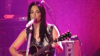 Kacey Musgraves - John Prine 12/31/16 { Grand Ole Opry New Years Eve}