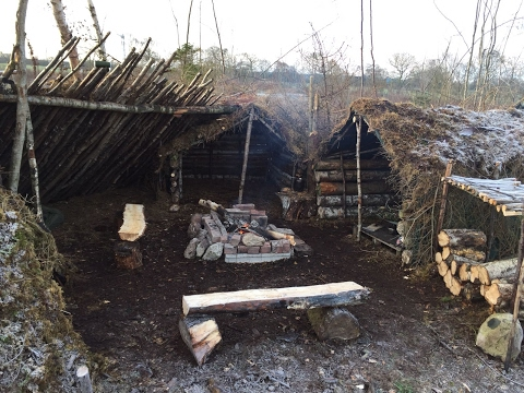 -5 DEGREES SOLO DEBRIS VILLAGE CAMP AND CAMP BUILDING