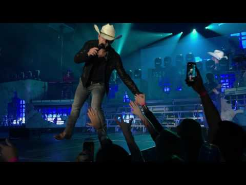 Justin Moore - Hank it live American Made Tour