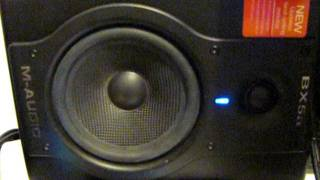 video promo monitores maudio bx5 deluxe