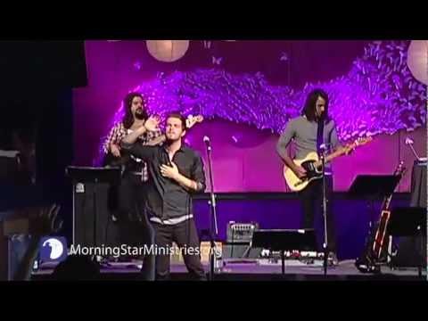 Kim Walker  - Break Every Chain (MorningStar Ministries)