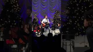 Hometown Girl - Josh Turner | Hometown Holiday