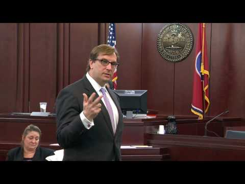 Defense lawyer Worrick Robinson delivers closing arguments i