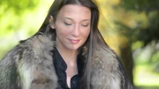Exhibitionist Hooker in fox fur jacket smoking 120 fine & overknee boots1 & microskirt